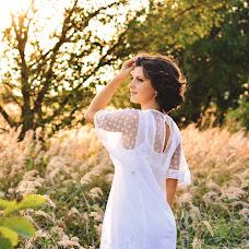 Wedding photographer Oksana Zarichna (photobyoz). Photo of 11.01.2017