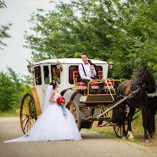 Wedding photographer Maksim Zharnikov (krmaxx). Photo of 24.01.2016