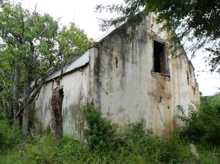 The original farmhouse at Bergrivier is now a picturesque ruin