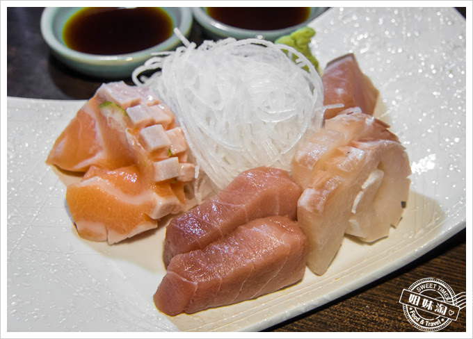 青木屋日式居酒屋 生魚片
