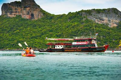 Samui Island Tour to Angthong Marine Park with Kayaking by Big Boat
