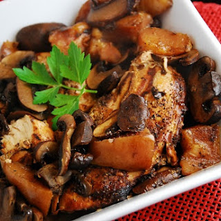 Crock Pot Balsamic Chicken with Pears and Portabella Mushrooms