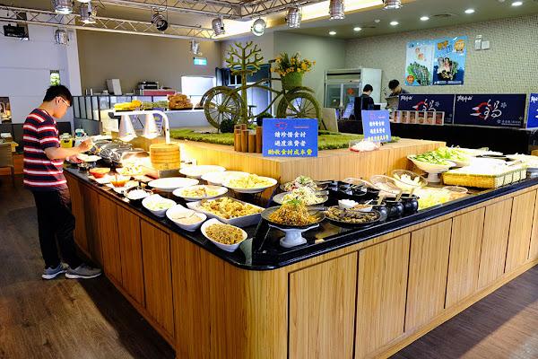 鬥牛士二鍋 楠梓店|高雄火鍋吃到飽|超大仙肉盤來勢洶洶|食材多樣自由搭配