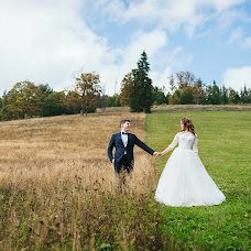 Wedding photographer Alena Smirnova (AlenkaS). Photo of 01.03.2018