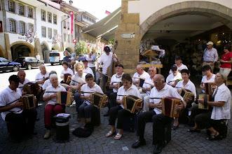Photo: Platzkonzert in der Innenstadt. Die vielen Zuhörer waren  begeistert von unserem Konzert und bedankten sich mit viel Akklamation