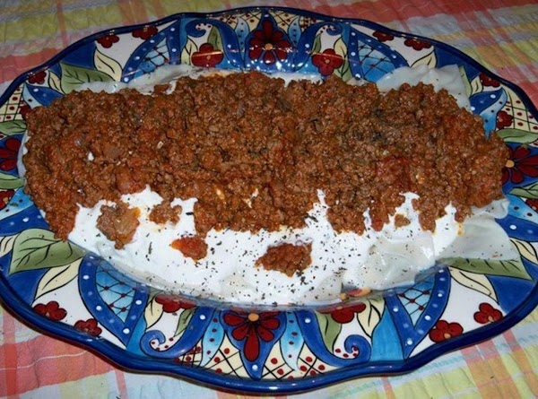 Aushak ( Boiled Leek Pasteries With Yoghurt And Meat Sauce) Recipe