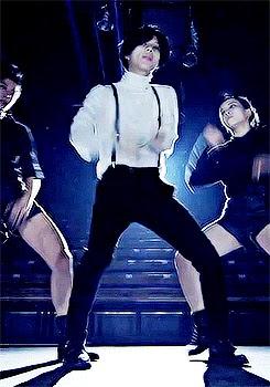 Taemin performing