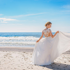 Wedding photographer Daina Diliautiene (DainaDi). Photo of 11.04.2018