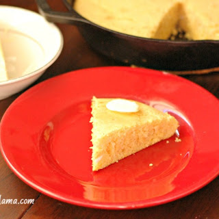 Country Skillet Cornbread