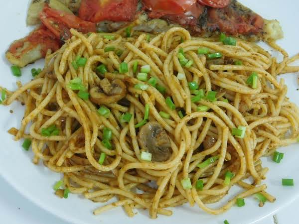 Mushroom & Clove Spaghetti