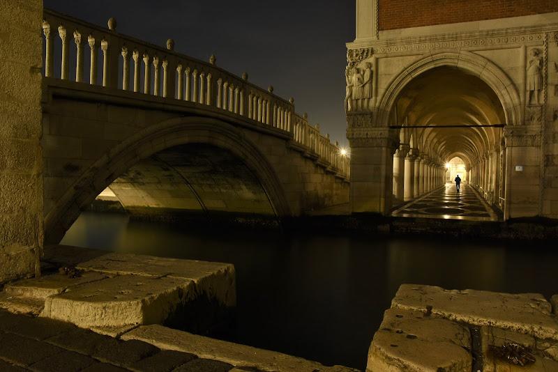 Solo a Venezia di BASTET-Clara