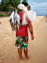 Photo: Pescador con tainhas