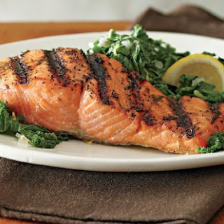 Salmon With Kale Sauté