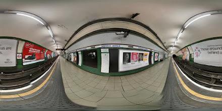 Photo: London - Warwick Avenue Station