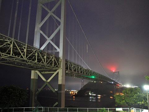 西鉄「ペガサス号」 4875 朝の関門橋