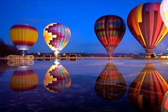 Photo: Hot Air Balloons at Mirror Lake, Eden Park