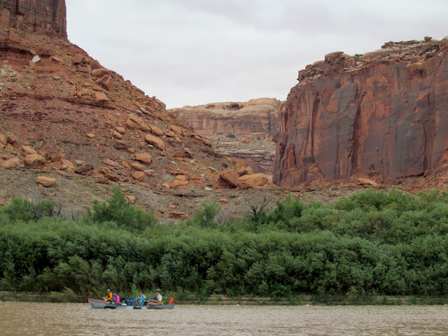 Mouth of Twomile Canyon with Colonnade Arch on the horizon