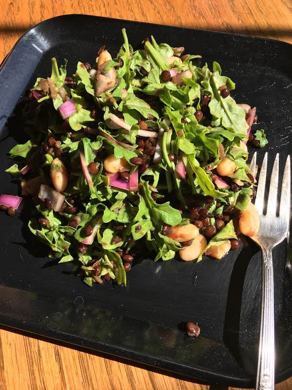 Arugula, Lentil, White Bean, Red Onion Salad Recipe