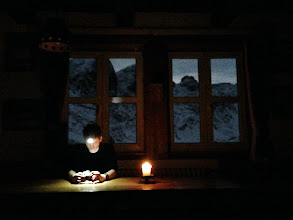 Photo: Without electricity in the dining room of the hut