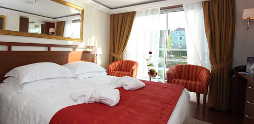 amalyra-stateroom.jpg - Relax in your stateroom and take in views of stirring landscapes along the riverbanks of France on AmaLyra.