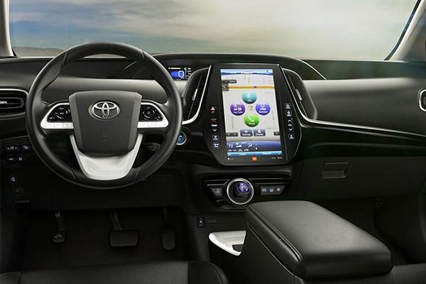 Toyota-prius-front=-seat