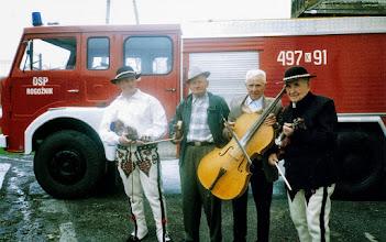 Photo: 1998 r. od lewej Niemiec , Bronisław Bukowski , Leopold Komperda , Andrzej Komperda.