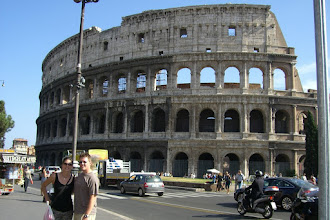 Photo: Teresa and Curt outside the Colosseum