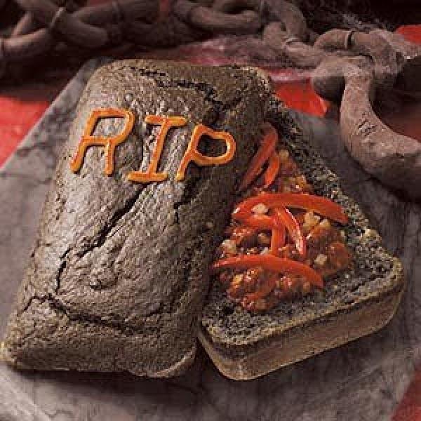 Dead Man Chilli In A Cornbread Coffin Recipe