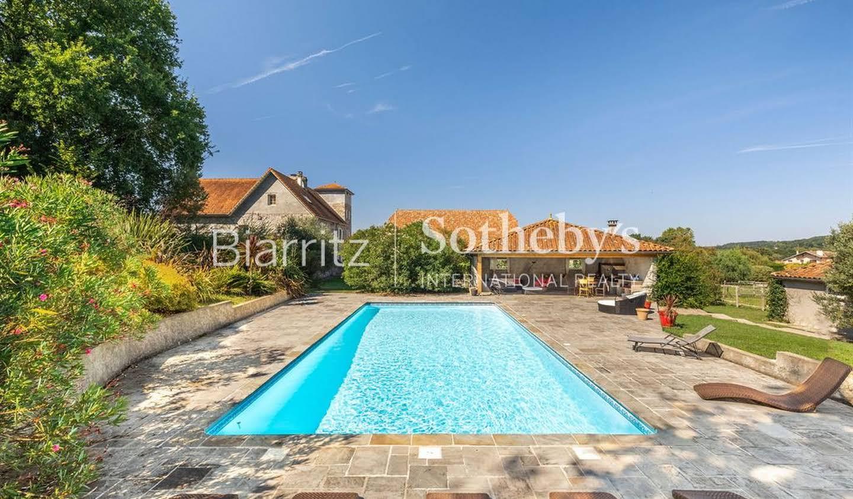 Maison avec piscine Barraute-Camu