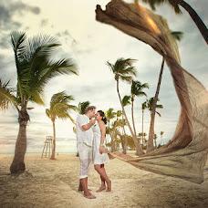 Fotógrafo de casamento Petr Andrienko (PetrAndrienko). Foto de 26.04.2013