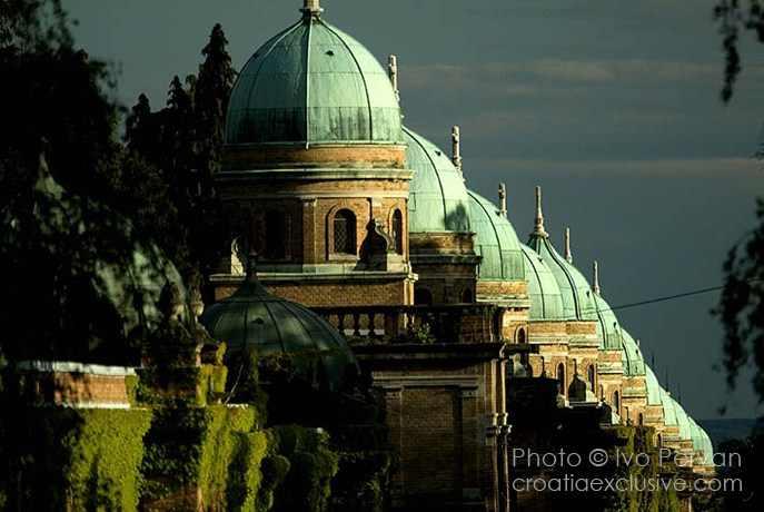 Photo: The Mirogoj Cemetery, Zagreb