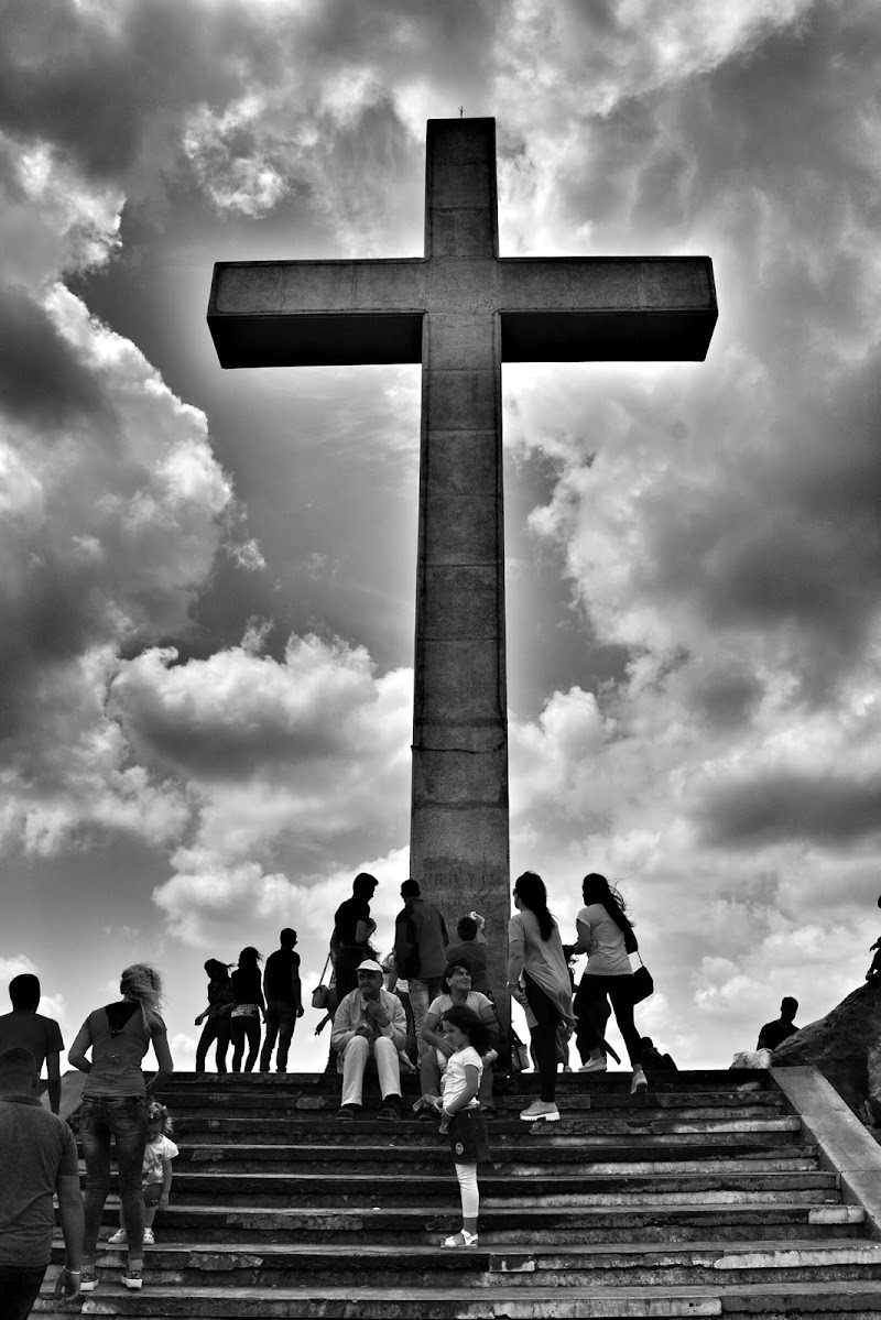 The Cross di DoriaAxhemi