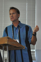 Photo: Tom Going (LCMS International Edcuator) presenting during his breakout session.