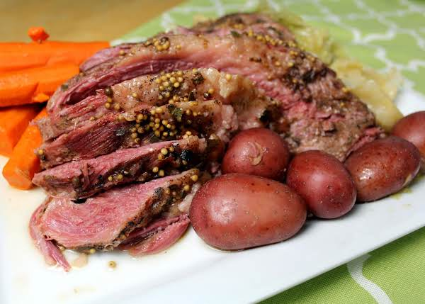 Electric Pressure Cooker Corned Beef & Vegetables