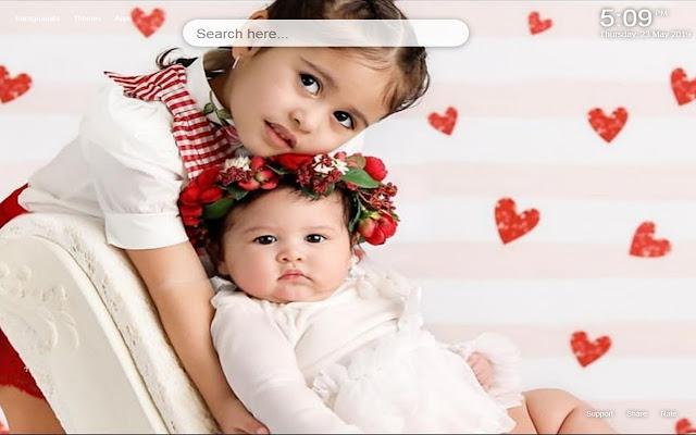 Elle&Alaia the Ace Family HD Wallpaper