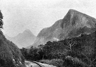 Photo: Estrada de Ferro Leopoldina Railway. Foto do final do século XIX