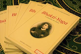 Photo: Lançamento do livro Bhakti Yoga em Brasília