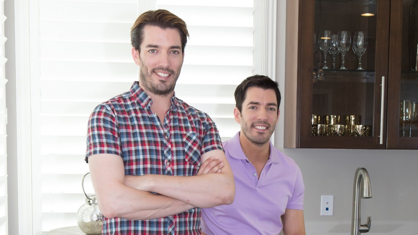 Watch Property Brothers at Home live