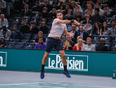 Djokovic houdt Federer nipt uit finale in Parijs