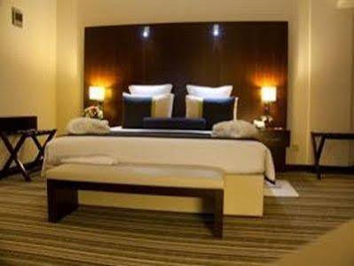 Avari Dubai Hotel NON REFUNDABLE ROOM