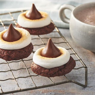 Hot Chocolate-Marshmallow Cookies.