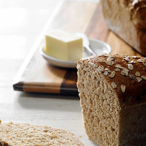 Honey Wheat Bread with Oats