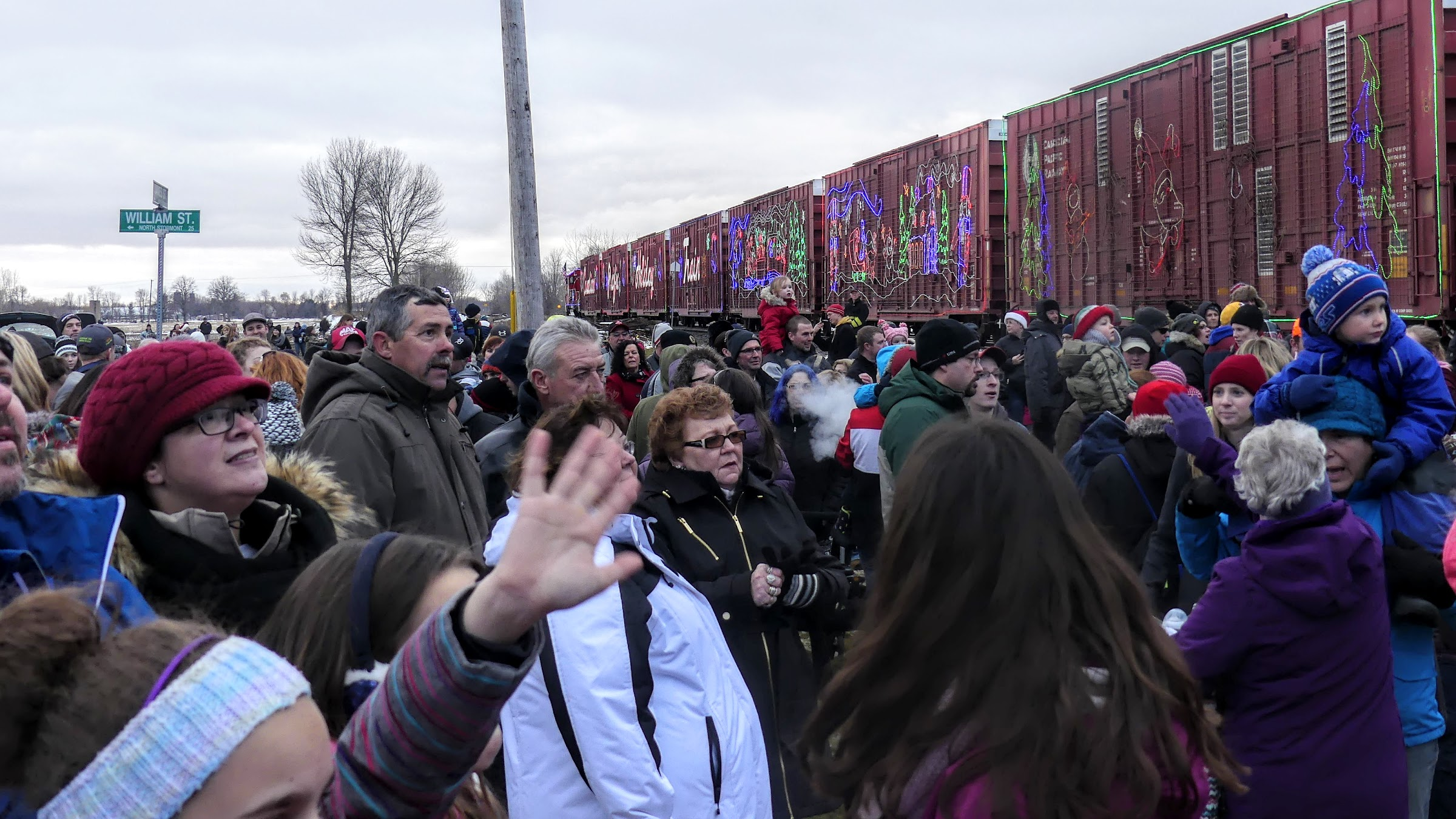 Crowds at the CP Holiday Train's 2016 appearance in Finch. Zandbergen photo, Nation Valley News