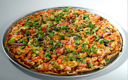 Makers Mark BBQ Chicken Pizza