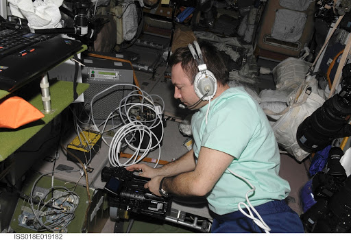 ISS Expedition 18 Self-propagating High Temperature Synthesis [CBC] Hardware and Preparation