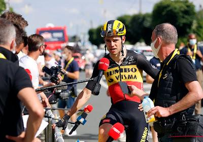 """Wout van Aert toch opgelucht nadat val hem sprintkans ontneemt: """"Blij dat ik zelf geen fysieke schade heb opgelopen"""""""