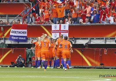 Nederland wint van Denemarken zinderende EK-finale