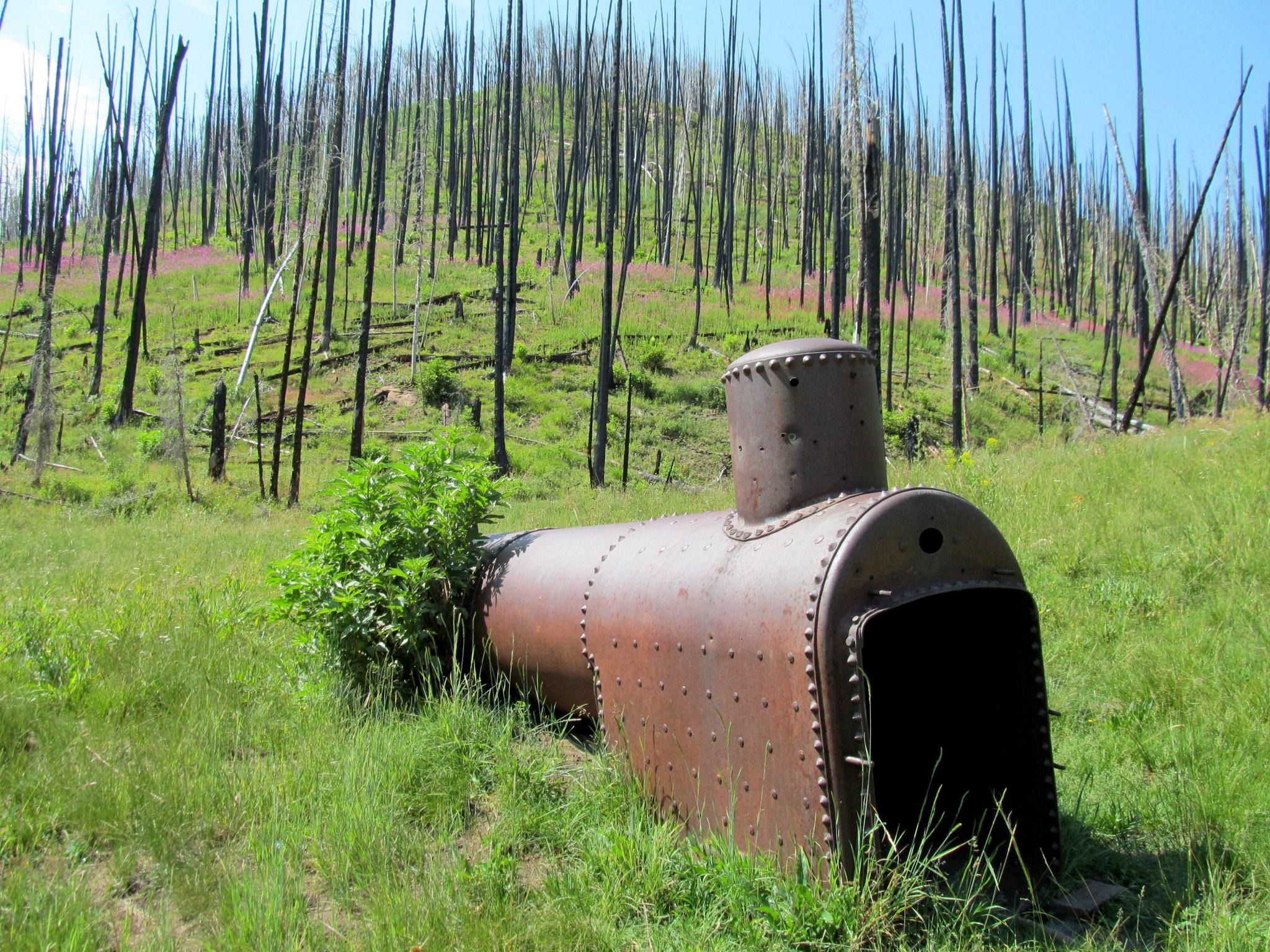 Photo: Steam boiler in Sawmill Canyon