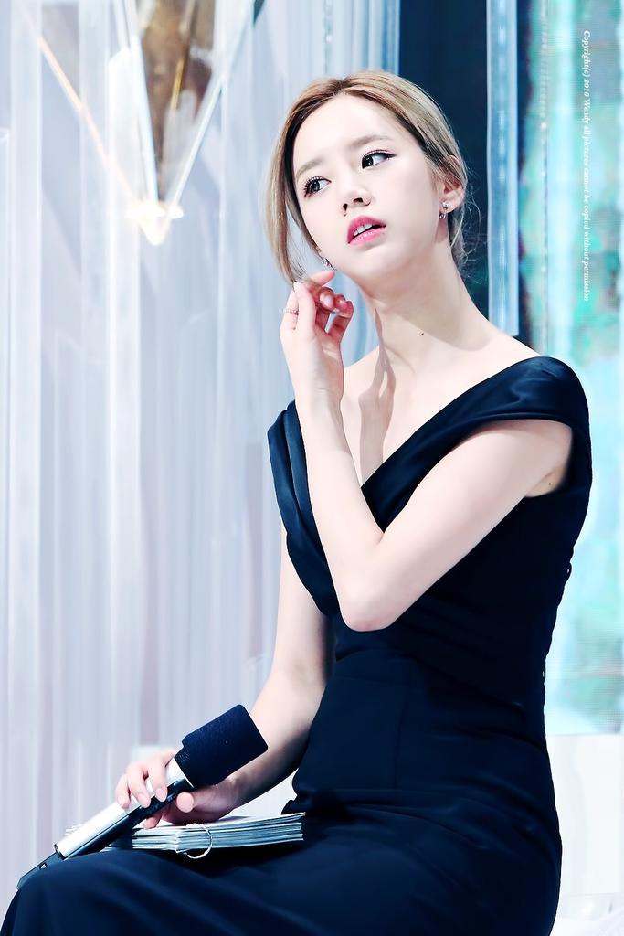 hyeri gown 5