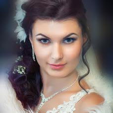 Wedding photographer Pavel Kostenko (AvgustFoto). Photo of 17.10.2013